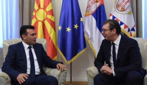 Vučić sutra uručuje vakcine Zaevu na graničnom prelazu Tabanovce 11