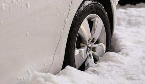 Od danas obavezne zimske gume 4