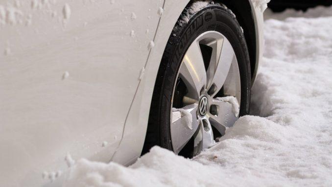 Od 1. novembra obavezne zimske gume 1
