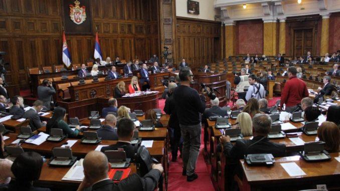 Šešelj: Vlast ugasila svetlo u Skupštini Srbije 1