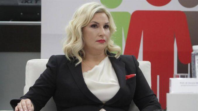 Zorana Mihajlović potpisala donorsku karticu 1