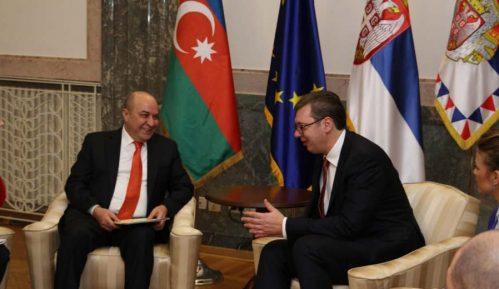 Vučić zvanično pozvan u Azerbejdžan 2