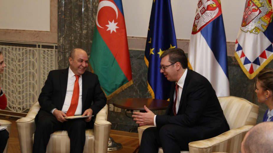 Vučić zvanično pozvan u Azerbejdžan 1