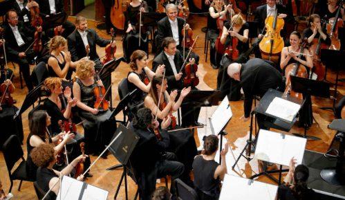 Jurovski i Haknazarijan sa Filharmonijom 15. decembra 13