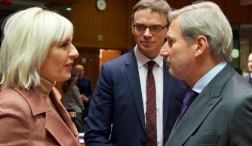 "Otvorena dva poglavlja, Joksimovićeva rekla da je vlada ""bila preambiciozna"" 5"