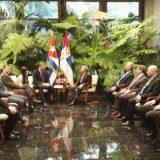 Vučić sa Raulom Kastrom u Havani 8