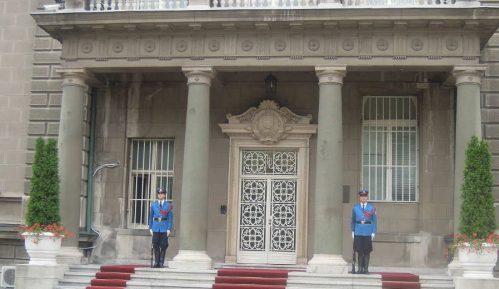 Ko je sve čestitao Vučiću nastupajuće praznike 9