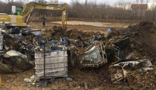 Zakopan otpad u Obrenovcu 5