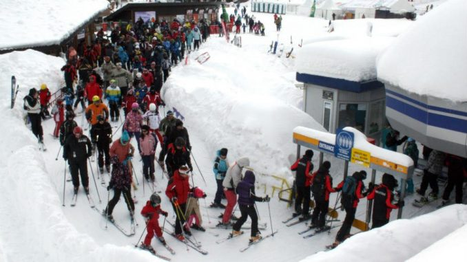 Sneg zarobio 10.000 turista u Italiji 1