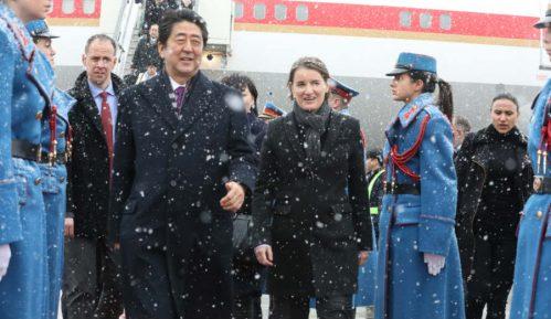 Vučić: Istorijska poseta; Abe: Nećemo zaboraviti pomoć 5