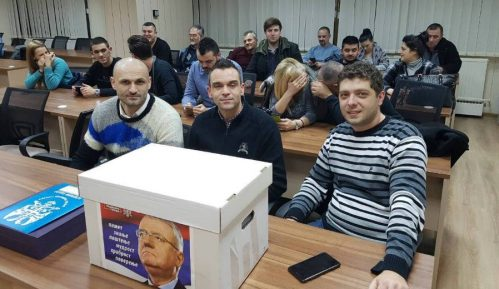 Radikali predali izbornu listu za Beograd 5