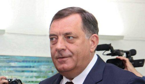 Dodik: Osuda napada na novinara 10