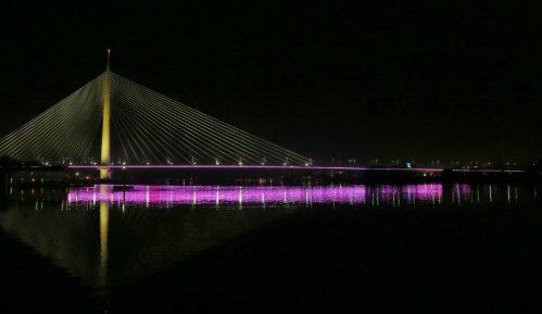Beograd: Mostovi osvetljeni u bojama i 2.000 zastava Srbije 5