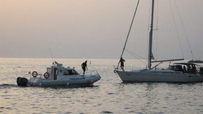 Pronađene četiri žrtve požara sa ronilačkog broda koji je izgoreo blizu obale Kalifornije 3