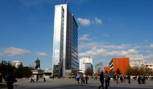 Priština: Marš aktivista NVO protiv usvajanja Nacrta zakona o finansiranju političkih stranaka 6