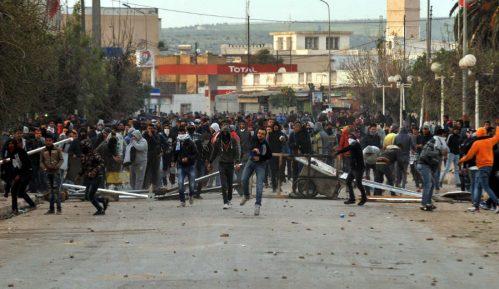 Nemiri u Tunisu zbog mera štednje i siromaštva 11
