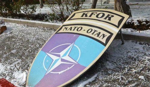 Kfor pozvao na mir na Kosovu 12