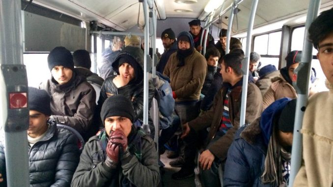 U prihvatnim centrima u Srbiji oko 2.800 migranata 4