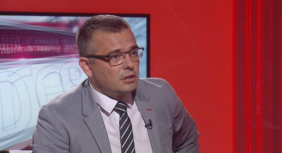 Nedimović: Grad napravio velike štete u okolini Čačka, ove godine imamo mnogo više raketa 1