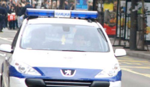 Protestovao zbog dodele socijalne pomoći funkcionerima, pa završio u policiji 9