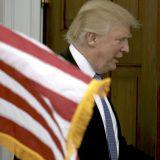 Trampov savetnik podneo ostavku 13