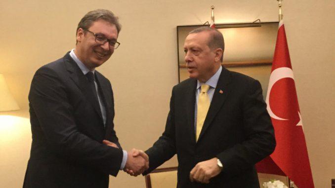 Vučić sa Erdoganom o zaštitnoj opremi i podršci Srbiji 3