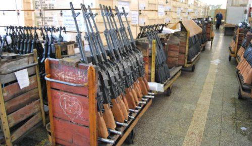 Advokati firme GIM prete tužbom i 'Nedeljniku' ako nastavi da piše o aferi trgovine oružjem 15