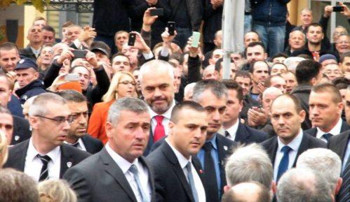 Dva srpska odbornika mogu da odrede novu vlast 14