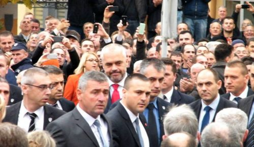 Dva srpska odbornika mogu da odrede novu vlast 6