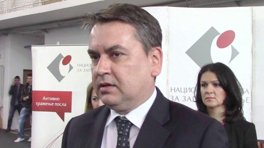Sikimić bio član SNS u vreme izbora na čelo Agencije? 1