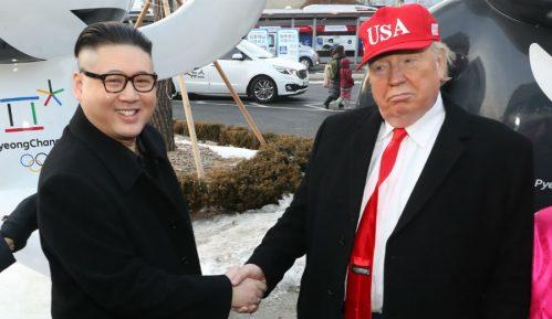 Tramp i pad meke moći SAD 13