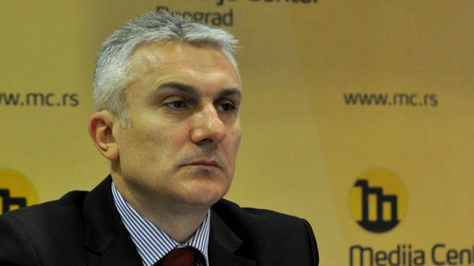 Izazov vlasti i iskušenja opozicije u Beogradu 1