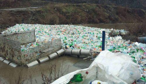 Eko brana zaustavila tri tone pet otpada 4