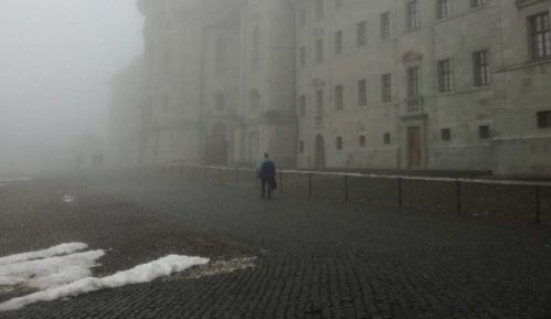 Ajnzideln:  Zdanje skriveno u magli 10