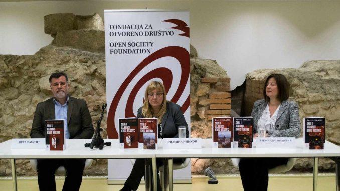 "Fondacija donirala delo ""Srbi i Albanci kroz vekove"" 1"