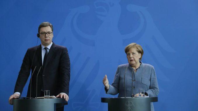 Merkel uzalud traži alternativu Vučiću 3