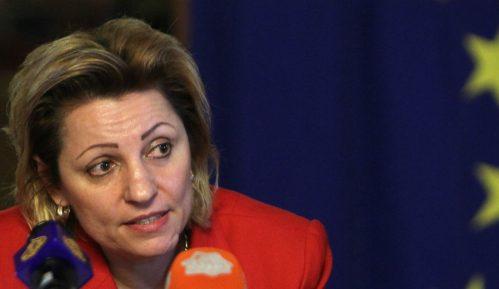 Apostolova: Kosovo treba što pre da formira vladu i nastavi dijalog 10