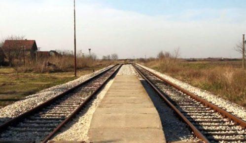 Teretni voz iskliznuo sa šina na pruzi Kraljevo-Požega, nema povređenih 4