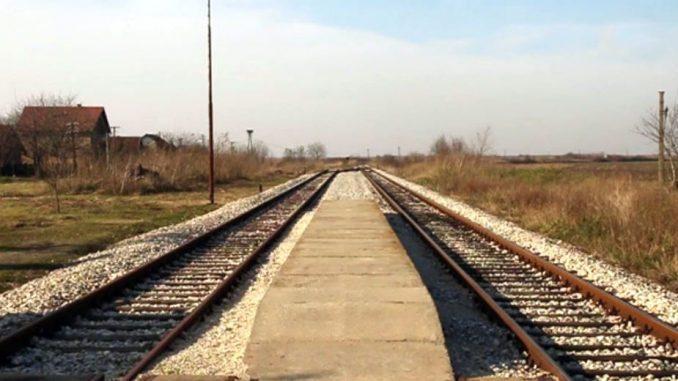 Teretni voz iskliznuo sa šina na pruzi Kraljevo-Požega, nema povređenih 5