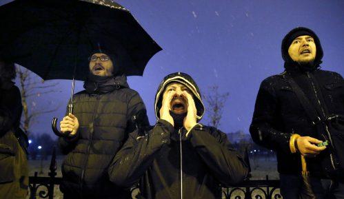 Traže ostavku predsednika Rumunije zbog korupcije 12