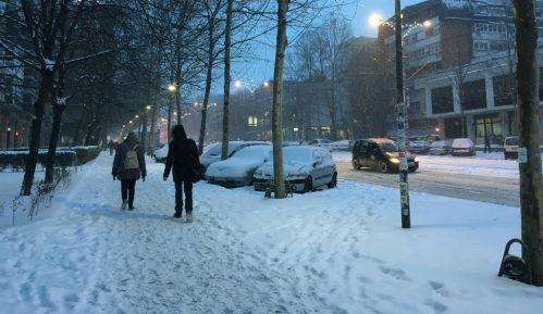 Ulice u Beogradu neočišćene, saobraćaj u zastoju 1