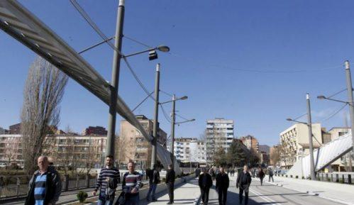 U Južnoj Mitrovici hitna sednica, traže ukidanje podele na južni i severni deo 10