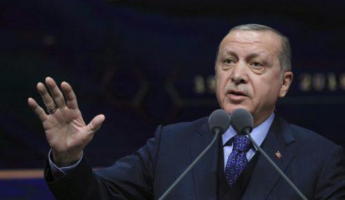 Erdogan optužuje Ameriku za ekonomsku krizu 5