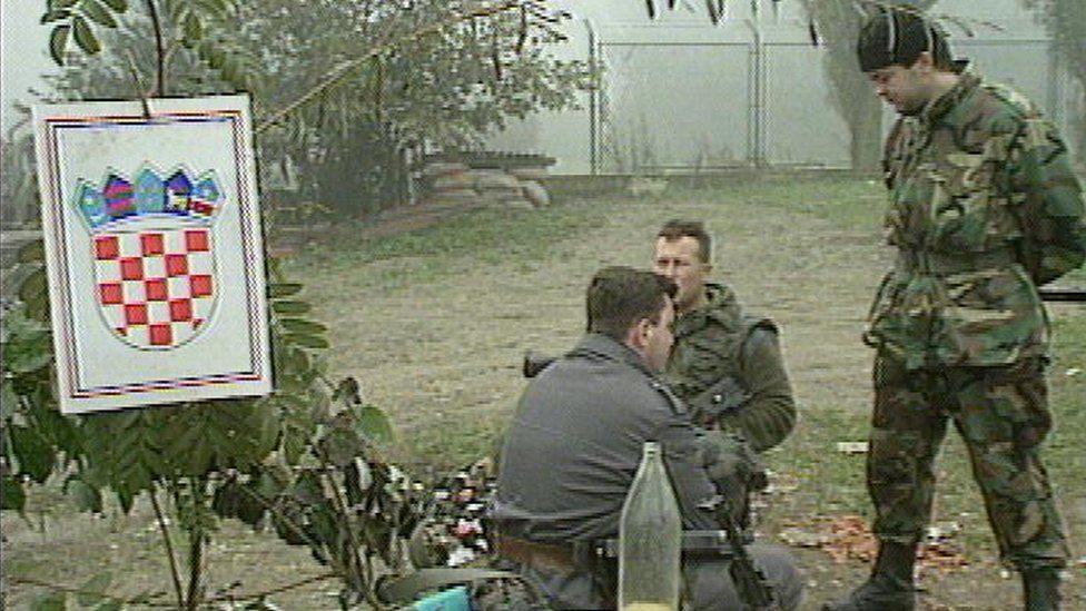 Hrvatski vojnici tokom primirja (10. oktobar 1991. godine)