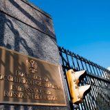 Rat diplomatskim sredstvima – SAD i EU nastavljaju s izbacivanjem ruskih diplomata 12