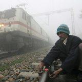 Dvadeset miliona Indijaca konkurisalo za sto hiljada poslova na železnici 9