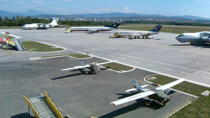 Aerodrom-u-Ni%C5%A1u-foto-sajt-Aerodroma-Ni%C5%A1-678x381.jpg