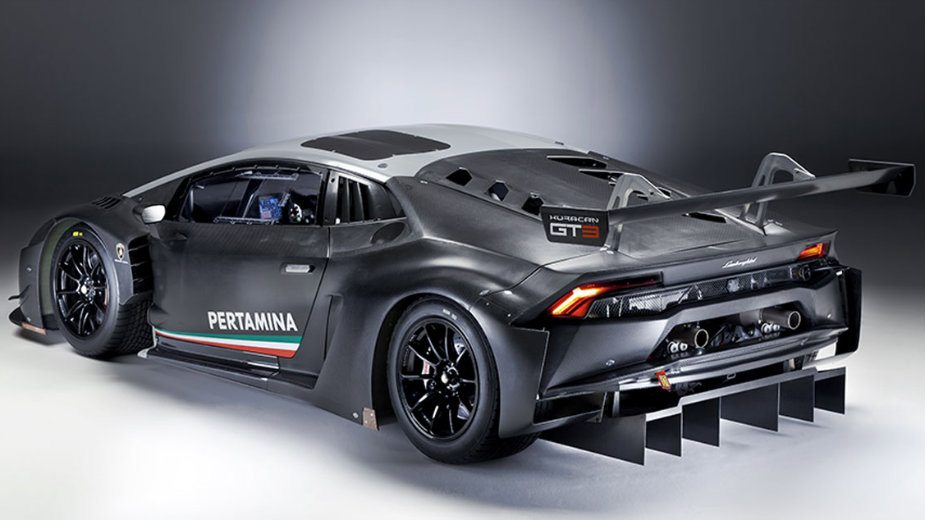 Počinje Bg Car Show Najskuplji Izloženi Auto Quot Lamborghini Huracan Gt3 Quot Dnevni List Danas