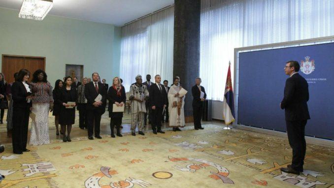 Vučić primio akreditivna pisma abasadora 3