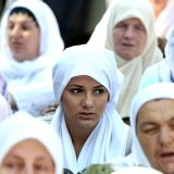 "Srebreničanke osudile dodelu ""Zlatne plakete"" Dodiku 6"